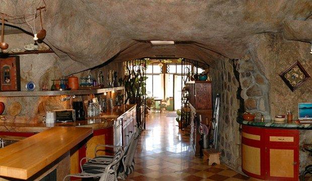 CAB-cavehouse1
