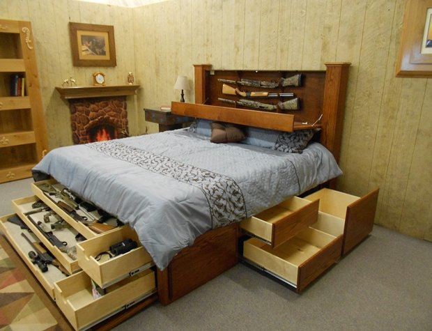 bbconcealed-storage-shoptos-oak-bed-014 dhje