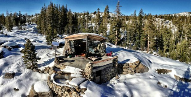 Video Pro Snowboarder S Off Grid Mountain Abode Cabin