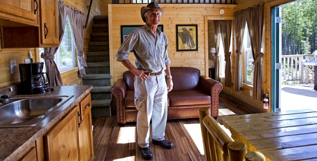 Take a Look at Jack Hanna's Perfect Cabin Paradise - Cabin ...
