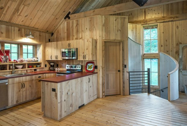 Barn Style Weekend Cabin - Cabin Obsession