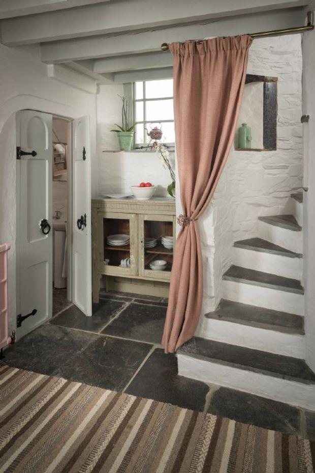aphrodite-stone-cottage12