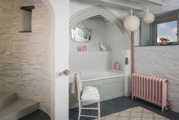 aphrodite-stone-cottage13