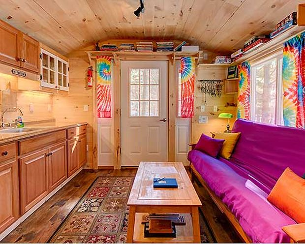 12x26-tiny-house-rental-airbnb-appleblossom-cottage-interior-hirez-home-office11