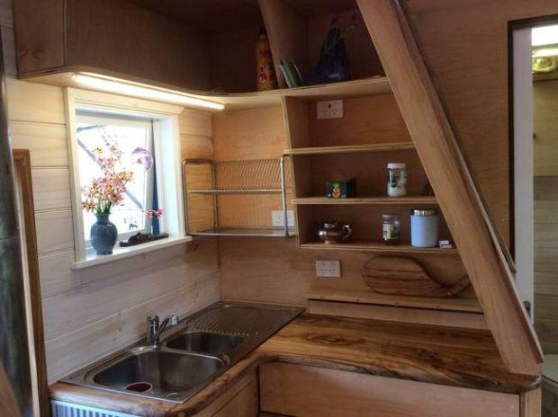 fred-schultz-tiny-house-2.jpg.650x0_q70_crop-smart
