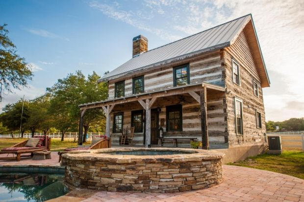 Restored-Historic-Cabin-Guest-House-3-950x633