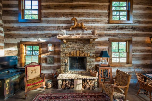 Restored-Historic-Cabin-Guest-House-4-950x633
