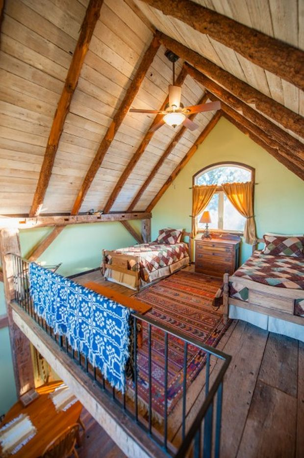 Small-Guest-House-7-421x633