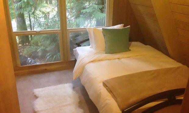 Tye-Haus-A-Frame-Cabin-2-1020x610