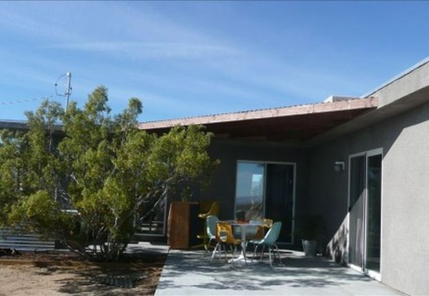 house-patio-chairs-436x300