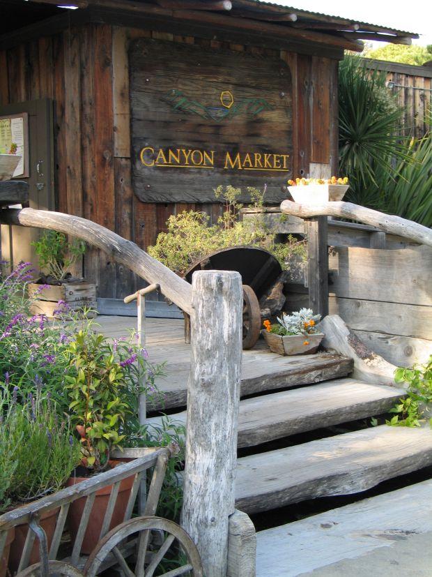 Canyon-Market