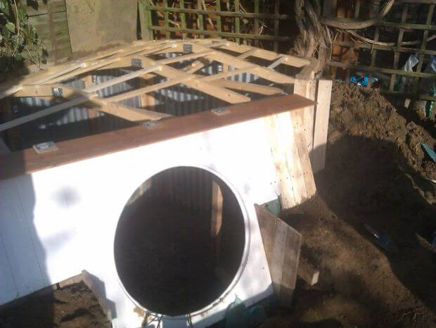 diy-hobbit-house-backyard-ashley-yeates-13