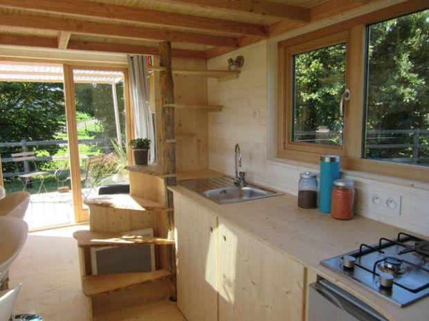 tinystream-la-tiny-house-4.jpg.650x0_q70_crop-smart
