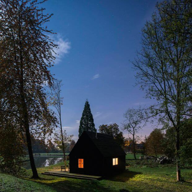 Woodland-Cabin_Belgium_De-Rosee-Sa-Architects_dezeen_sq