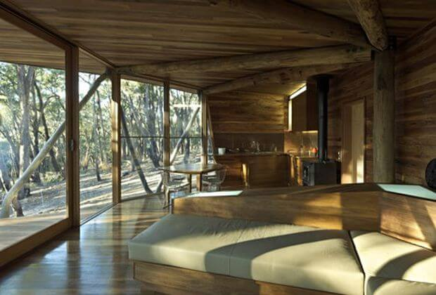 dezeen_Trunk-House-by-Paul-Morgan-Architects_8
