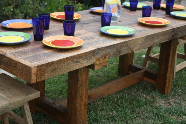 15 Rustic Ideas for your Outdoor Space Page 3 of 3  : rustic outdoor dining table is also a kind of rustic wood dining table rustic wood dining room table from cabinobsession.com size 620 x 413 jpeg 56kB