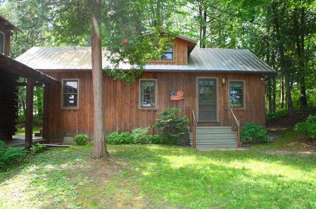 Bernie Sanders Lakefront Cabin Cabin Obsession