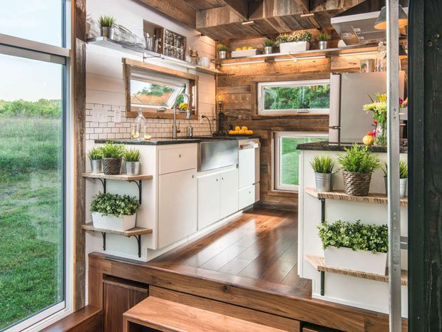 4 ALPHA new-frontier-tiny-homes_alpha_6 620