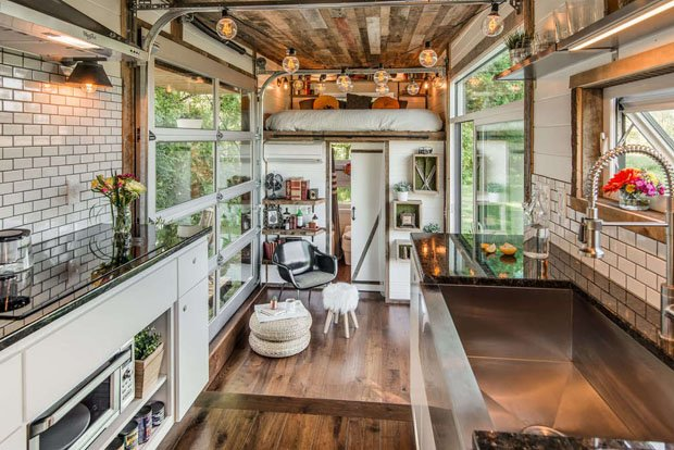 6 ALPHA new-frontier-tiny-homes_alpha_11 620