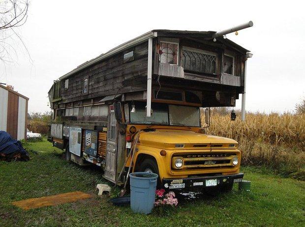 Bus Homes (4)