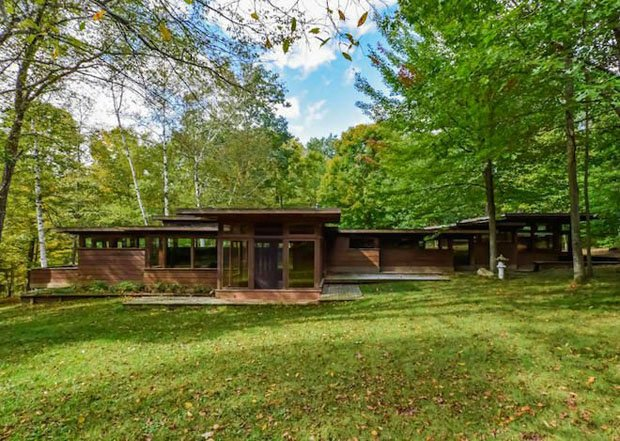 For Sale A Michigan House Inspired By Frank Lloyd Wright