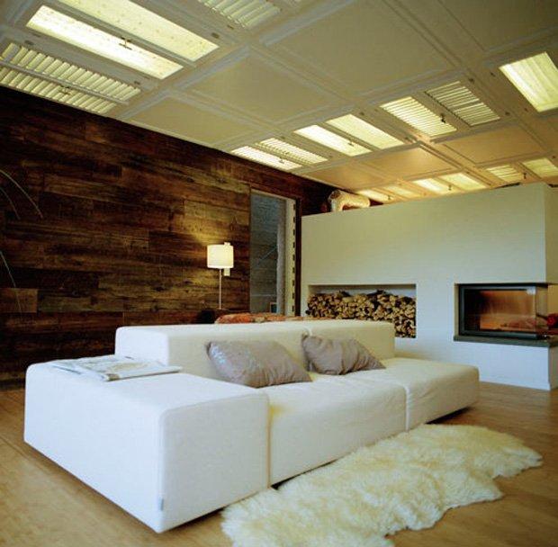 RESIZED weird-and-wonderland-log-cabin-house-12
