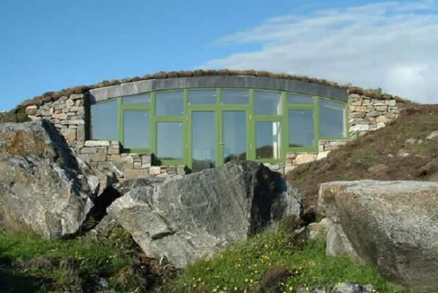 RESIZED Earth Sheltered Home-polarwall