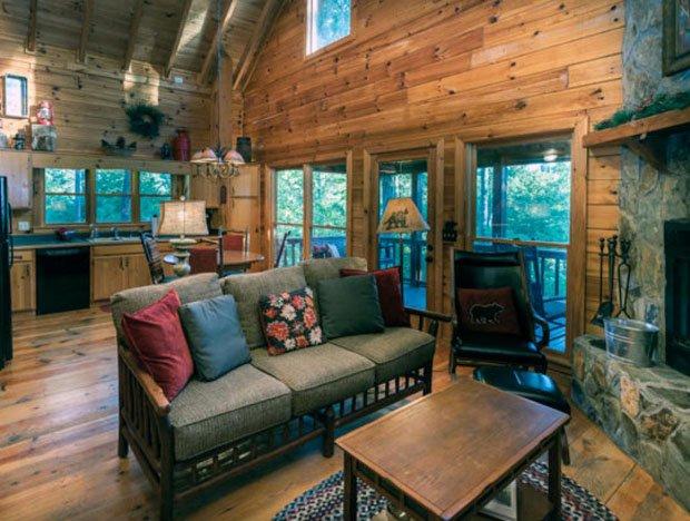 RESIZED Laurel Log Cabin 01