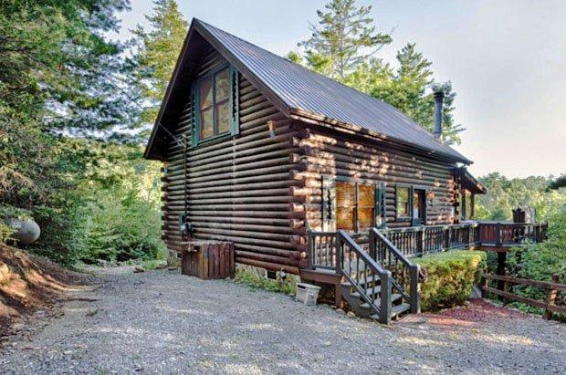 RESIZED Laurel Log Cabin 08