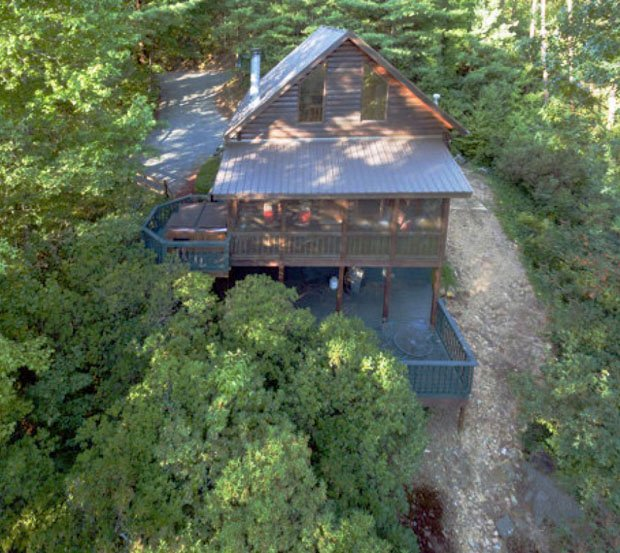 RESIZED Laurel Log Cabin 10