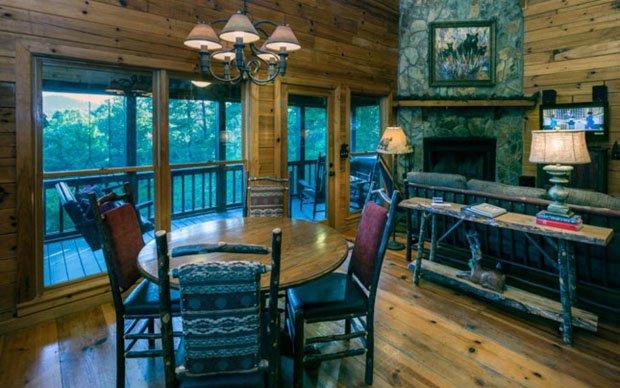 RESIZED Laurel Log Cabin 11