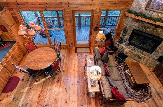 RESIZED Laurel Log Cabin 12
