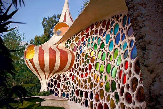 RESIZED Nautilus-Giant-Seashell-House 09
