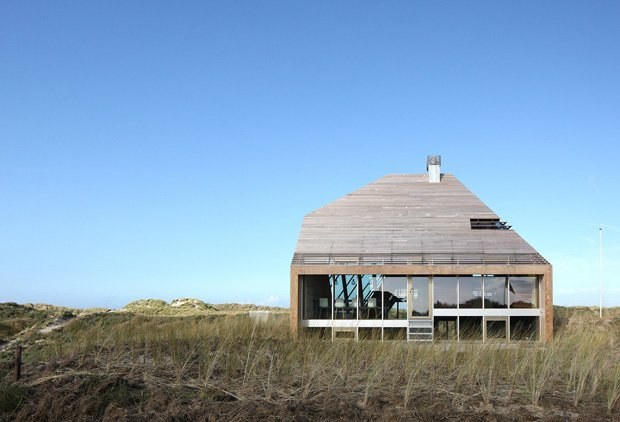 2 RESIZED Dune House 01