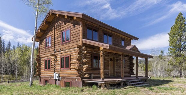 FEATURED IMAGE Stagecoach Log Cabin 01