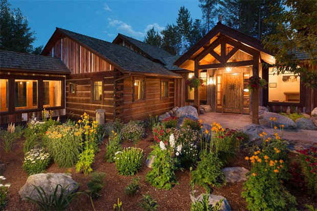 RESIZED Fall Creek Lodge 02