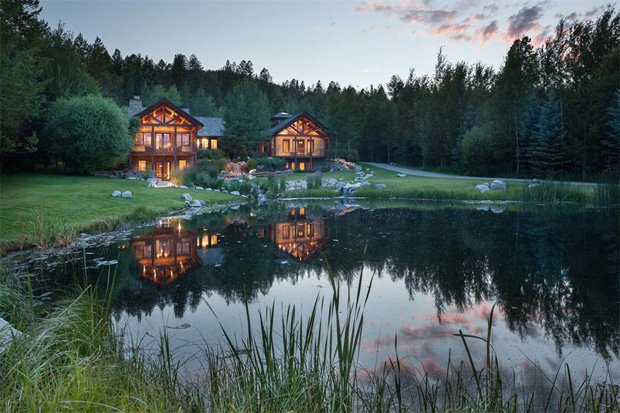 RESIZED Fall Creek Lodge 03