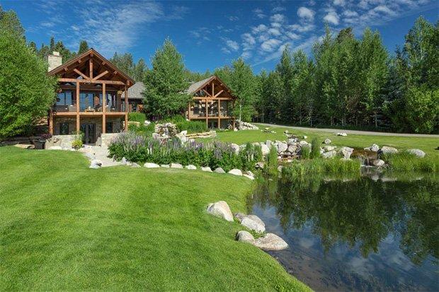 RESIZED Fall Creek Lodge 10
