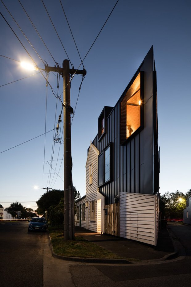 RESIZED The Acute House ArchDaily 11