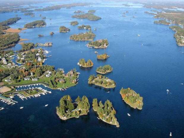RESIZED just-enough-room-island WHEN ON EARTH 06