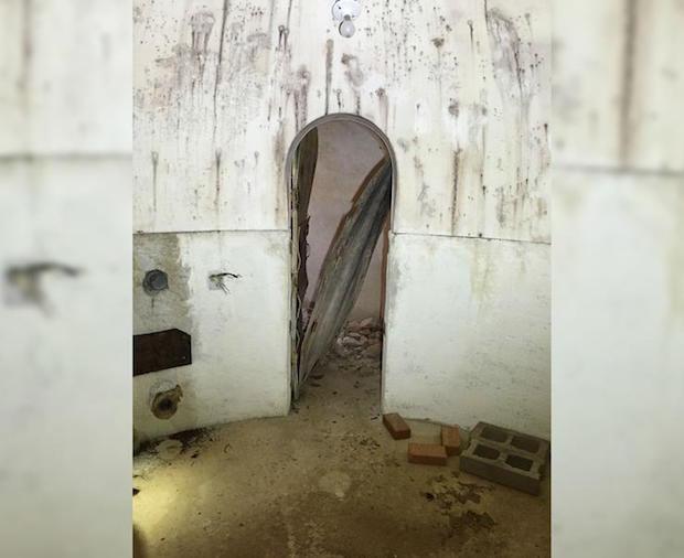 trap-door6