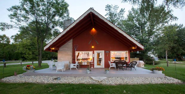 Your shoreline home away from home cabin obsession for Home away from home cabins